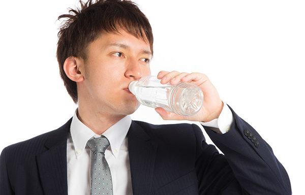 痰(たん)が絡んで困った・・・そんなときには昔ながらの痰改善法!