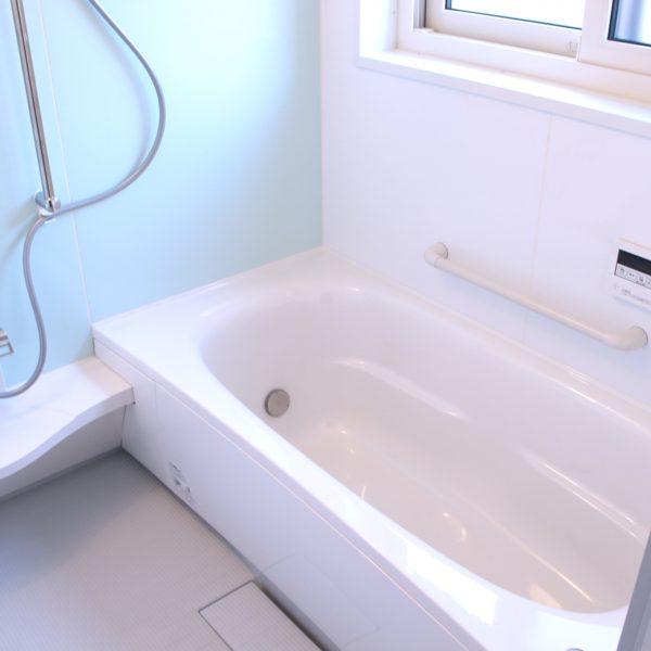 お風呂掃除は昔ながらの知恵でエコに簡単に