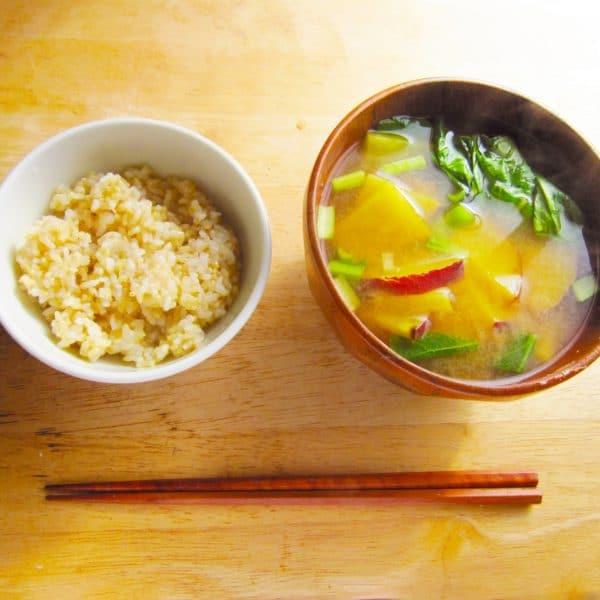 和の基本ご飯と味噌汁の最高に美味しい昔の知恵